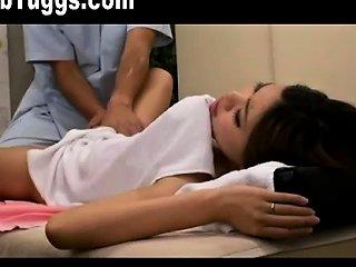 DrTuber Video - Mother And Daughter Get Massages Together